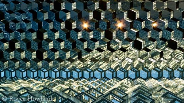 Gleaming Honeycomb, Reykjavik