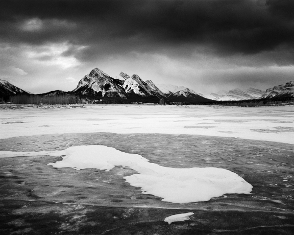 Abraham Lake Ice and Snow. Copyright © Olivier Du Tré.